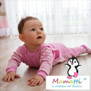 Najlepsze ubrania dla dziecka. Polski producent Mamatti. Śpioszki, body, kaftan dla niemowlaka z modnym wzorem i certyfikatem.