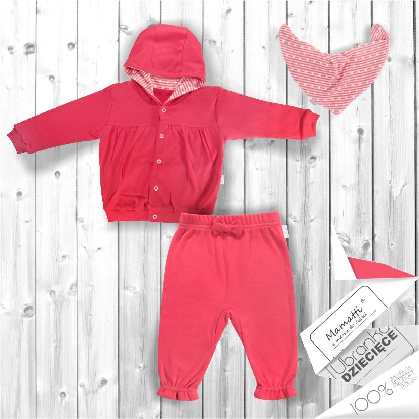 Jak ubrać niemowlaka w wakacyjną podróż? Wygodne bawełniane bluzy body i spodnie dresowe dla niemowlaków i dzieci.